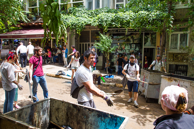 Cleaning Up Gezi Occupy