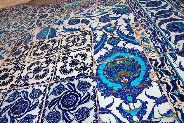 Flower-Tiles-Istanbul