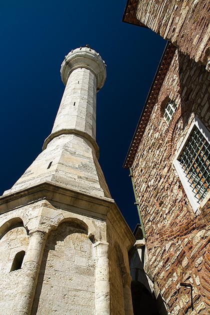 K%c3%bc%c3%a7%c3%bck-Ayasofya-Camii-Minaret