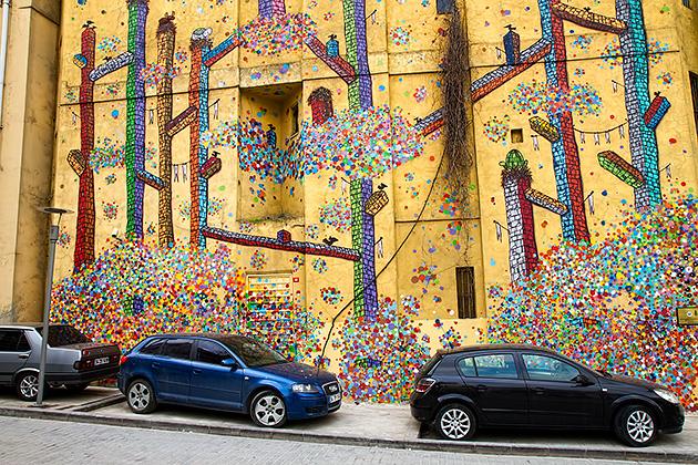 Huge-Graffiti-Istanbul