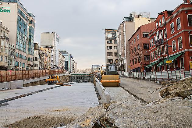 Istanbul-Taksim-Construction-2013