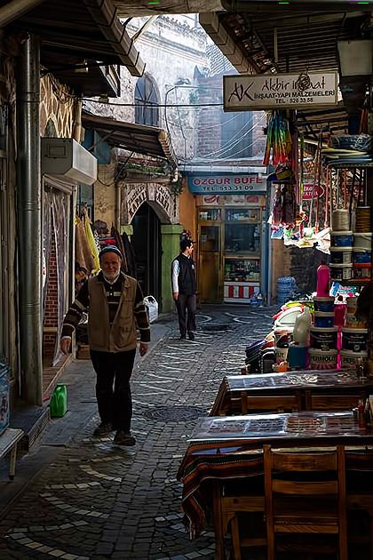Secret-Streets-In-Istanbul