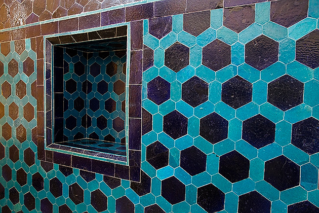 Incredible-Blue-Tiles