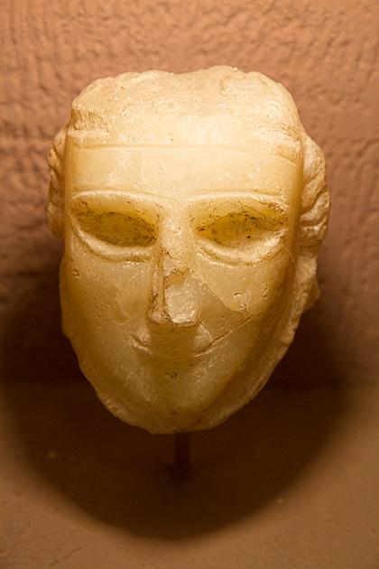Marble-Head