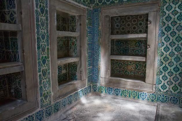 Tiles Shelf Istanbul