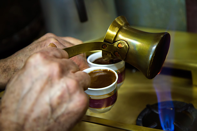 Pouring-Turkish-Coffee