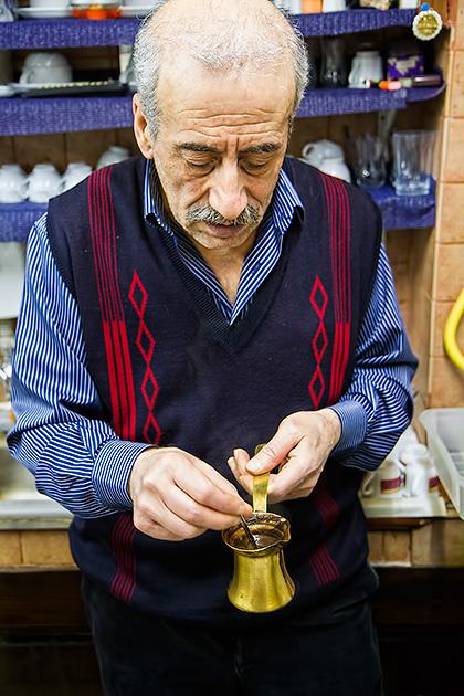 Wie-macht-man-Turkischen-Kaffee