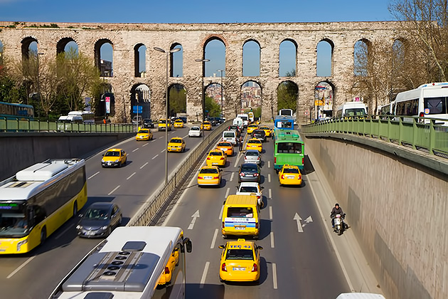 Aqueduct-of-Valens