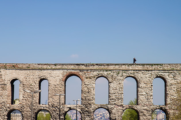How-To-get-On-top-Of-Aqueduct-Istanbul