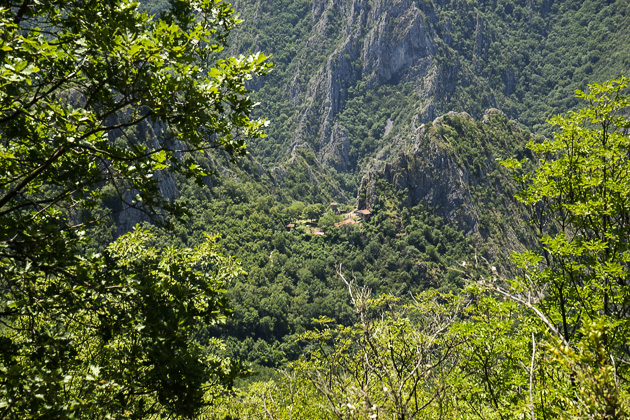 Hike From Vodno To Matka