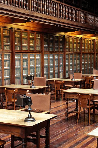Oviedo Biblioteca