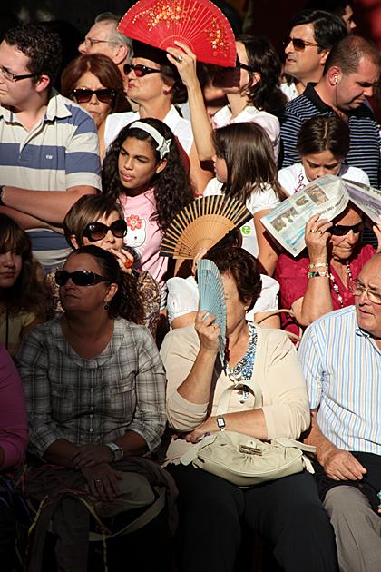 Spanish Spectators
