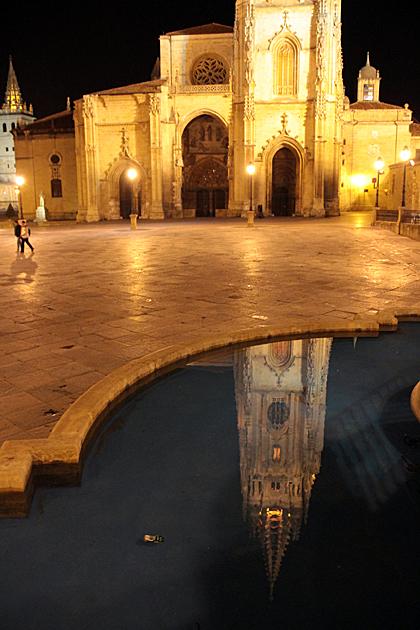 Oviedo at Night