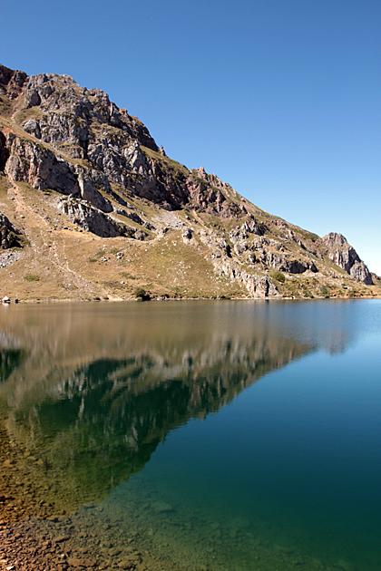 El Lago Del Valle Somiedo