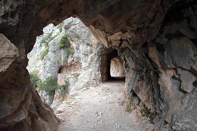 Tunnel Hiking Asturias
