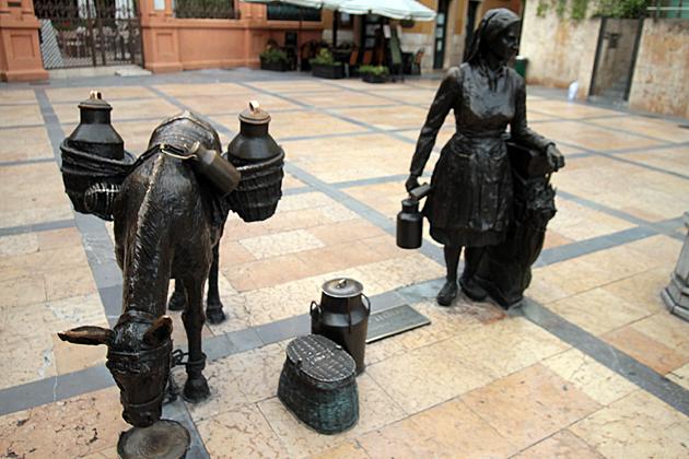 Statues Oviedo