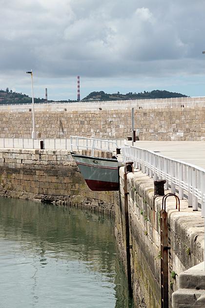 Boat in Wall Gijon