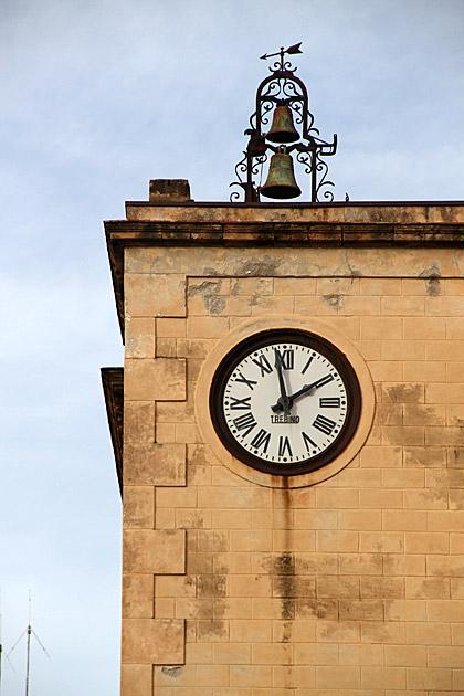 Cefalu Clock