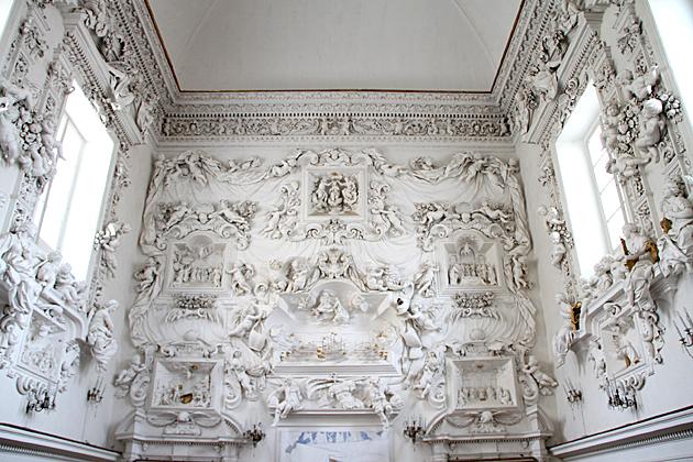 Example of Rococo