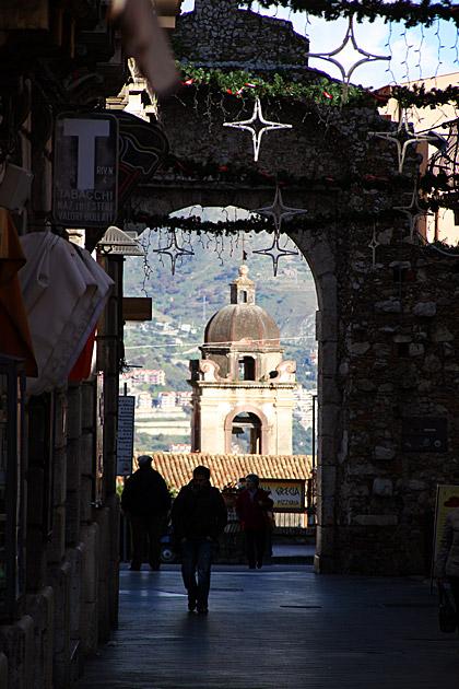 Gate Taormina