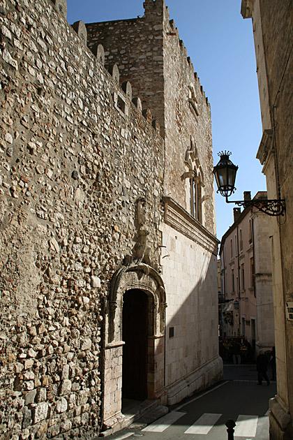 Taormina-Palast