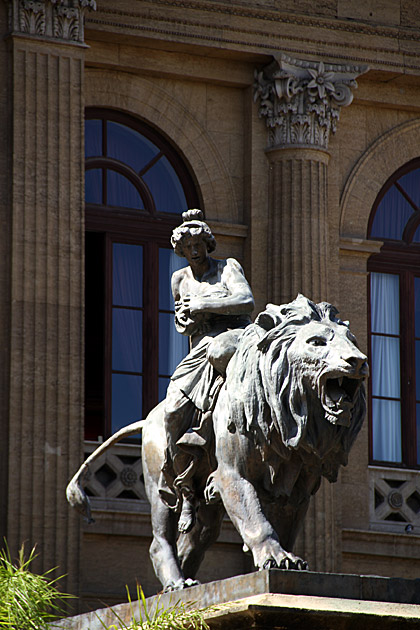 Lion Massimo Teatro Palermo Sicily