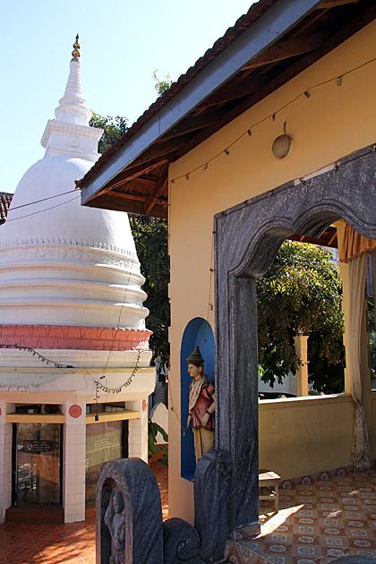 Kataragama-Devale-Kandy
