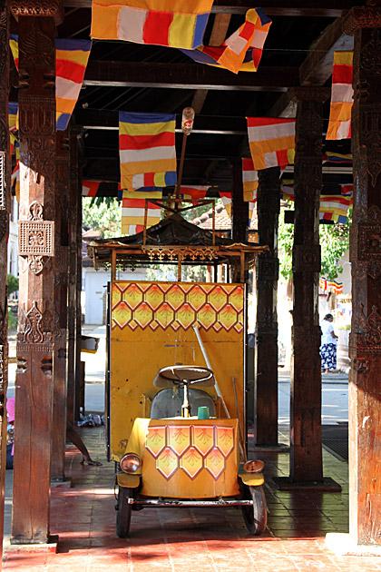 Temple Truck