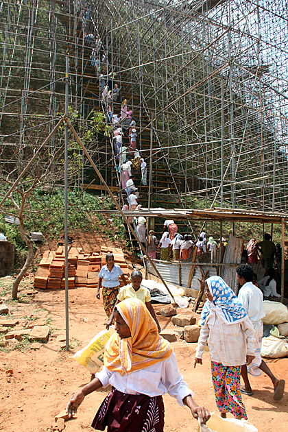 Sri-Lanka-Construction