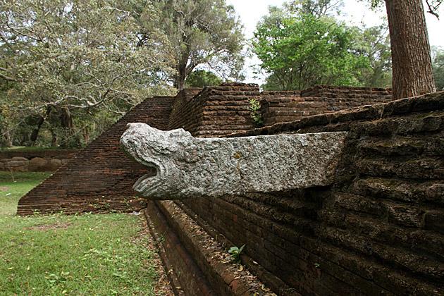 Sri-Lankan-Gargoyle