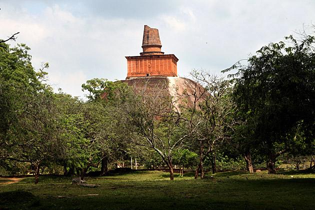 Anuradhapura-Travel-Blog