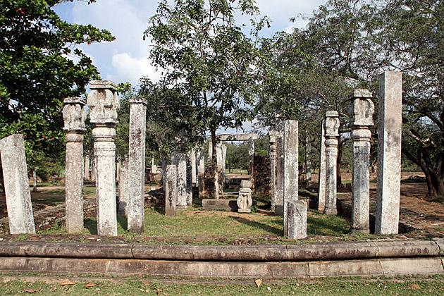 Thuparama-Ruins