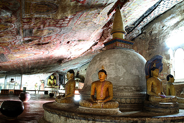 Famouse Cave Temple Sri Lanka
