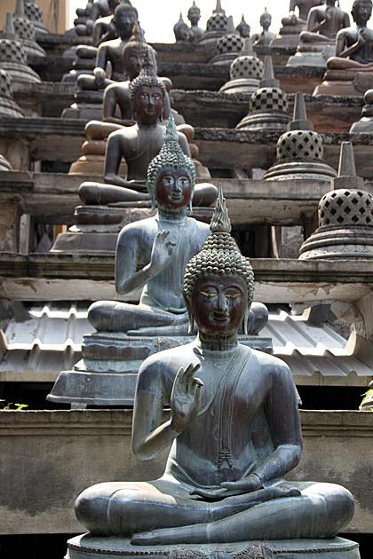 Gangramaya Buddhas