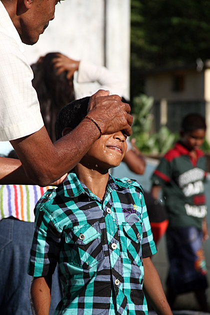 Washing Face Sri Lanka