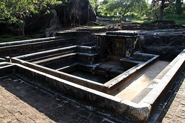 Goldfish-Park-Anuradhapura