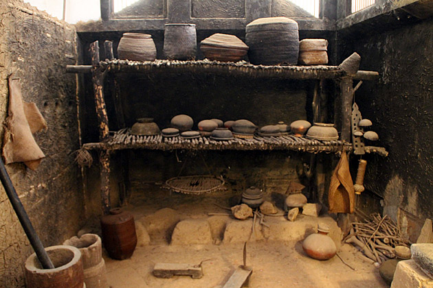 Very-Old-Sri-Lankan-Kitchen
