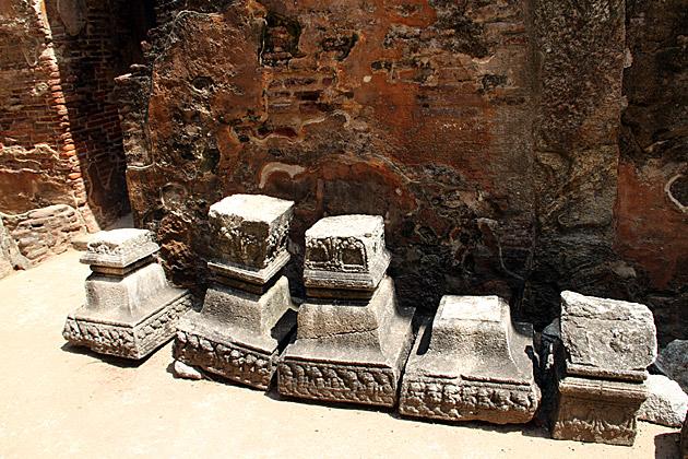 Ruins Sri Lanka