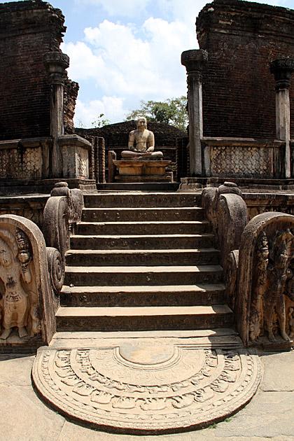 Quadrangle-Buddha