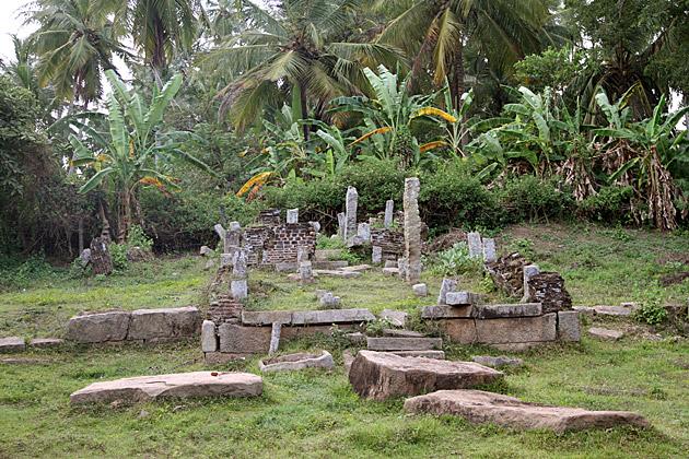Loneley-Ruins