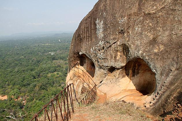 Top Cave Sigiriya
