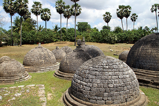 Stupas-of-Kadurugoda