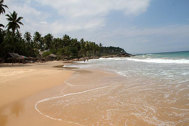 Paradise-Beach-Tangalle