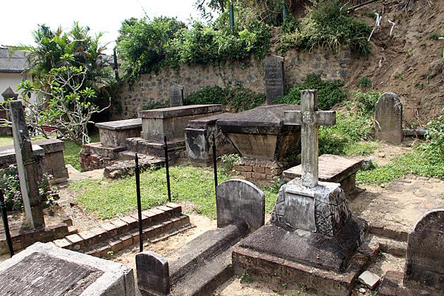 Garrison-Cemetery-Kandy