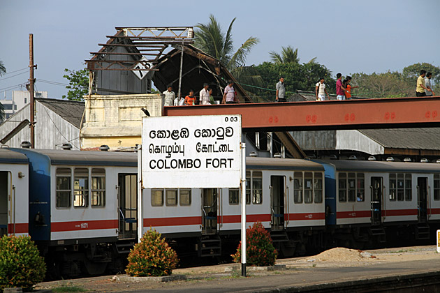 Colombo Fort Train Station