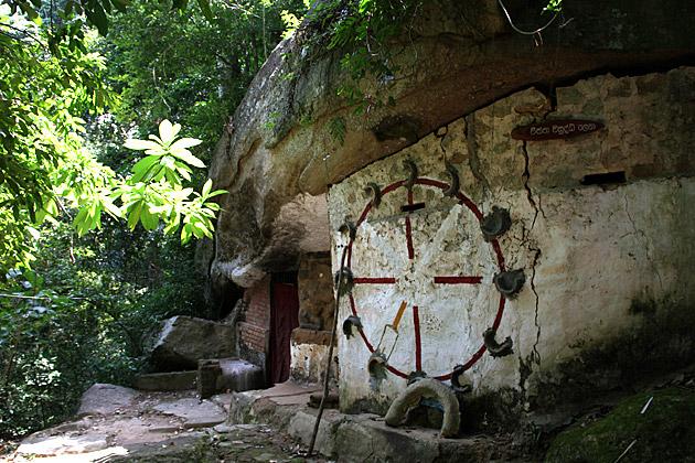 Cave Buddhist