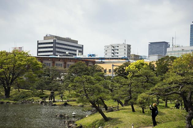 Takeshiba Pier And Shiba Gardens
