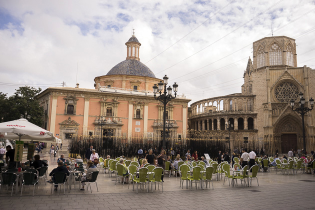 Plaza De La Virgin
