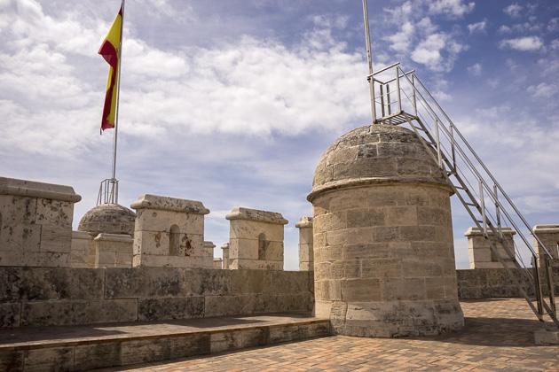 Valencias Ancient City Gates: Serranos and Quart - Valencia For 91 Days