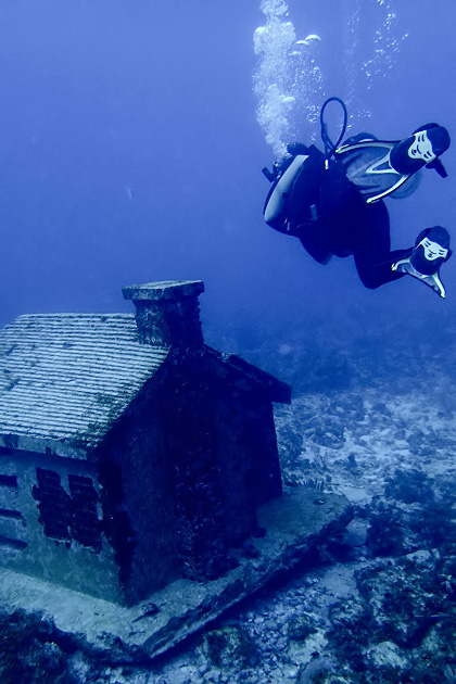 Manchones Reef Diving Isla Mujuere